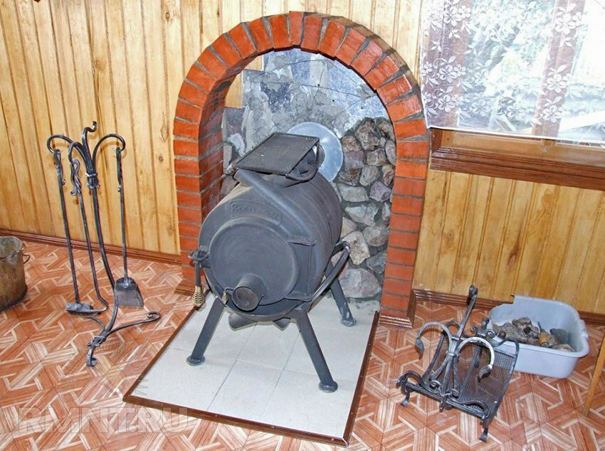 Как сделать печь на даче из металла